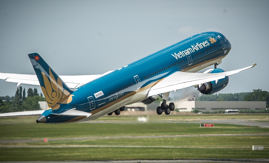 Vietnam Airlines welcomes 100th aircraft